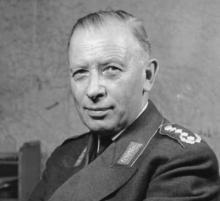 Adolf Heusinger, el general nazi que acabó dirigiendo la OTAN