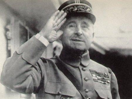 El General Robert Nivelle, autor de la frase ¡No pasarán!