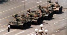 Tanques en Tiananmen, una Revolución de colores impulsada por Occidente
