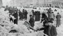 Leningrado: La heróica resistencia del pueblo soviético contra el invasor nazi.