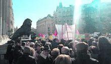 Manifestación de jubilados y pensionistas en España contra las políticas del gobierno