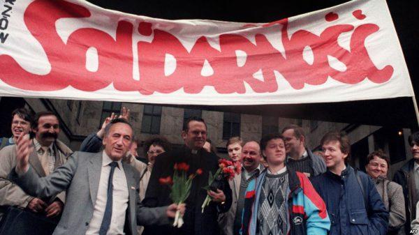 Después de trabajar para el imperialismo en Solidarnosc, Tadeusz Mazowiecki se jubiló