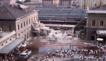 Las ruinas de la estación ferroviaria de Bolonia después del atentado perpetrado por los terroristas de la OTAN (Gladio) (1980)